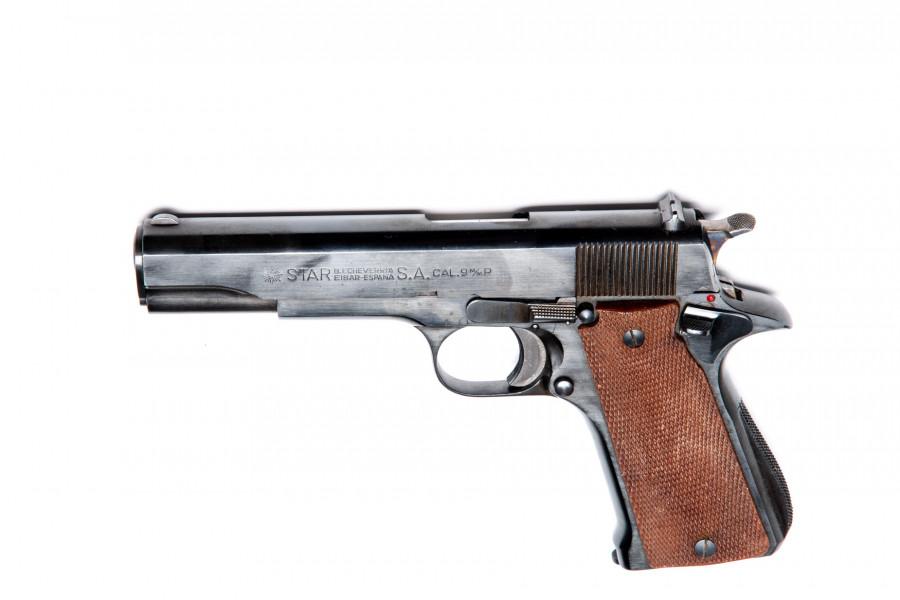 Pistole Star