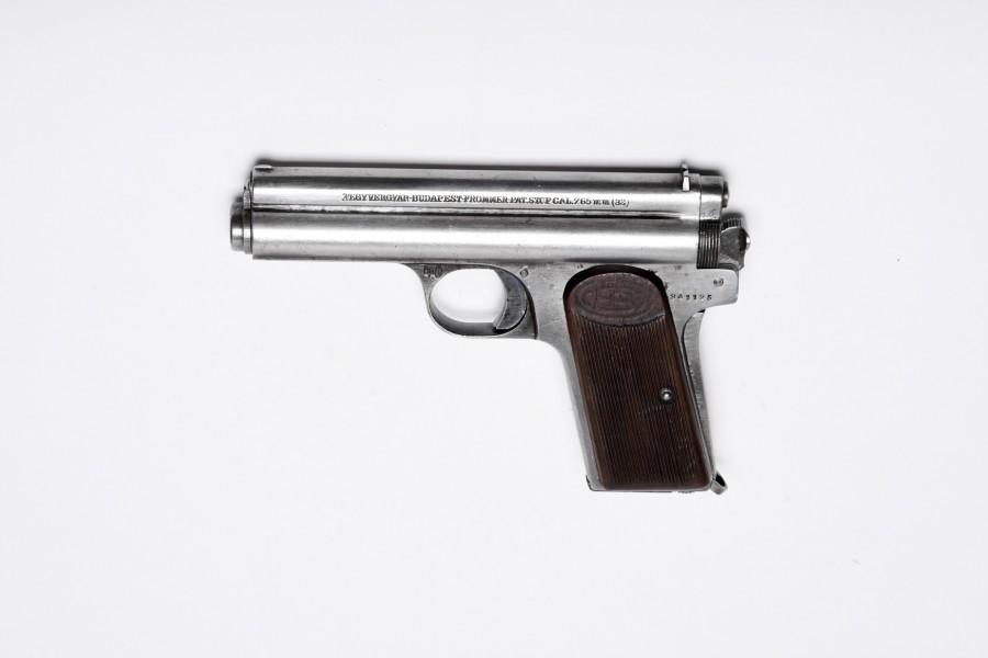 Pistole Frommer Stop Feg