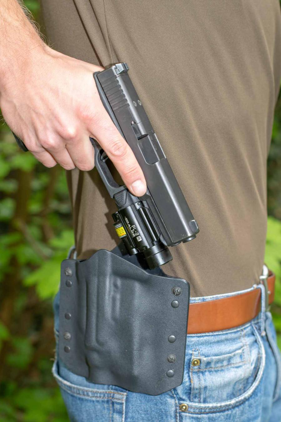 ARES Kydex Holster für Glock 17/19 und Olight 2RL Baldr