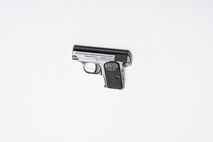 Pistole FN Baby