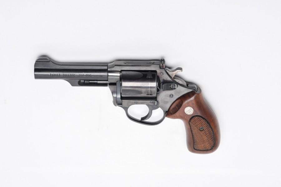 Revolver Charter - Target Bulldog